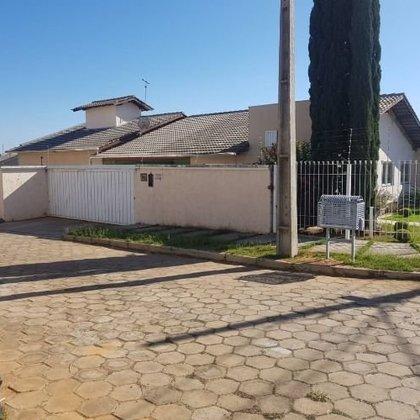 Vende-se casa no bairro Jardim Europa I, Araxá MG