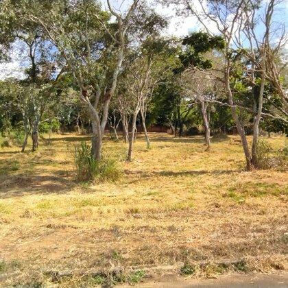Vende-se terreno de 1435m² no Barreirinho - Araxá MG