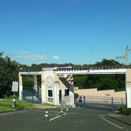 Vende-se terreno no Condomínio Quintas do Lago, Araxá MG
