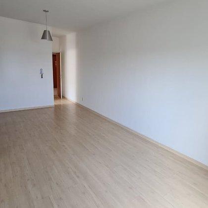 Vende-se apartamento no Condominio Residencial Solarium - Araxá MG