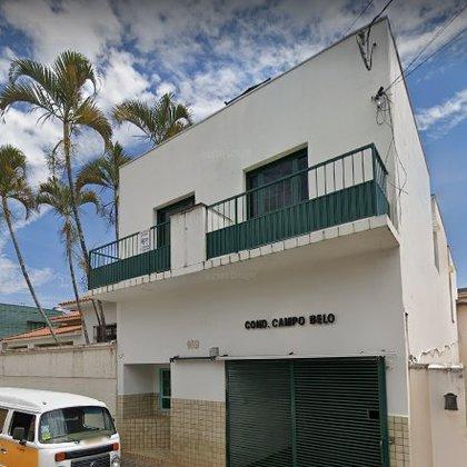 Aluga-se apartamento no Centro de Araxá - 2 quartos, vaga de garagem