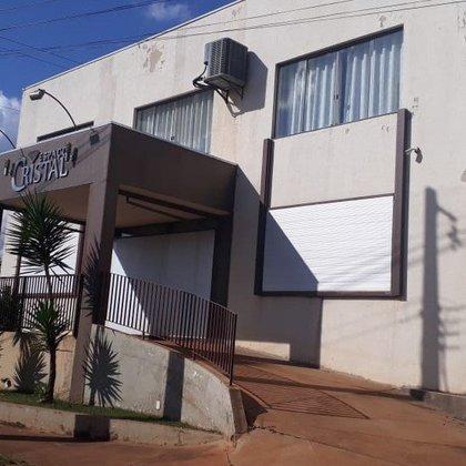 Aluga-se imóvel para uso comercial de  570m²  no Parque das Flores - Araxá MG
