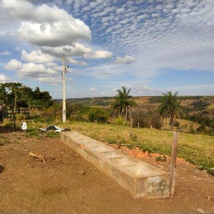 Vende-se chácara  de 18,3 hectares na BR 262 (Araxá - Uberaba)