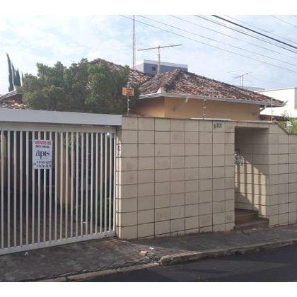 Vende-se casa no Centro, Araxá MG